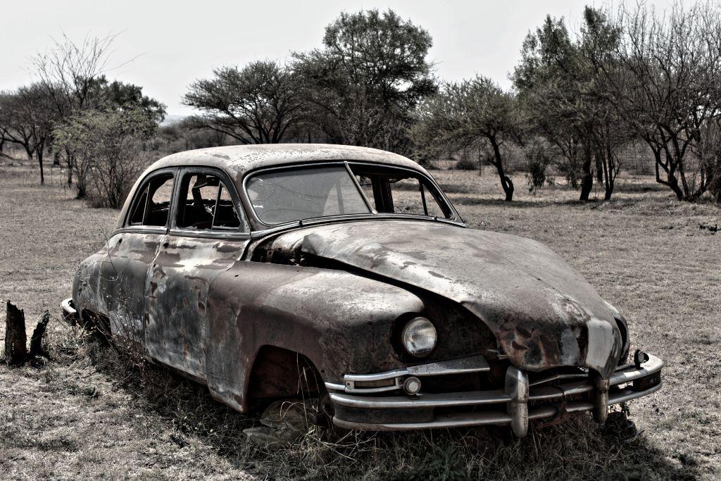 #oldcar #blackandwhite  #rusty
