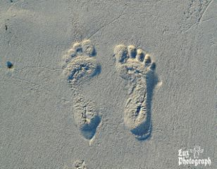 cute feet me hdr sand