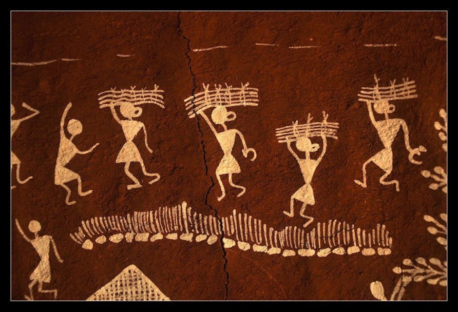 #wall painting #tribal art #earthy #red #forms #simplified #interesting